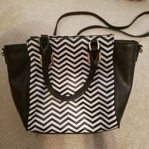 Handbags - Black and white chevron purse